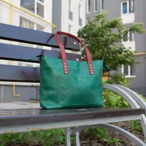 Женские сумки ручной работы Миши-шопер кожаный зелёного цвета