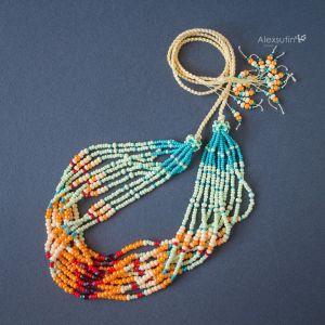 Ожерелье из бисера Морское
