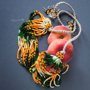 Ожерелье из бисера Этническое