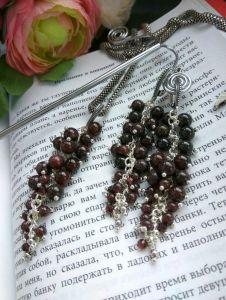 Серьги ручной работы Серьги грозди с кулоном Смородина из натуральных камней