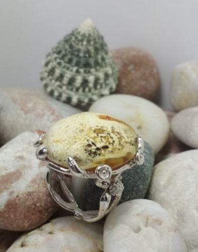 Cеребреное кольцо с янтарем
