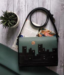 Вироби зі шкіри ручної роботи Шкіряна жіноча сумка City