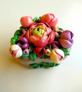"АртДекор Цветочная шкатулка для колец в форме сердца ""Ранункулюс"""