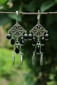 Чёрные сережки Длинные серьги со стеклянными кристаллами
