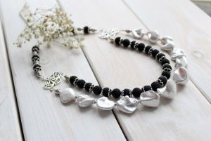 Намисто з перлами  Намисто Black & White