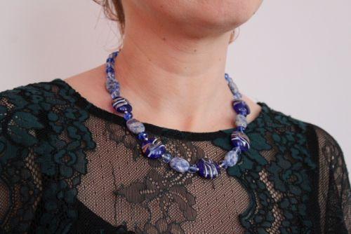 """Ожерелье с Варисцит и стеклянных бусин """"Северное сияние"""""""