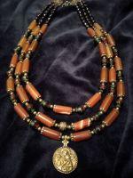 Ожерелье из агата с подвеской