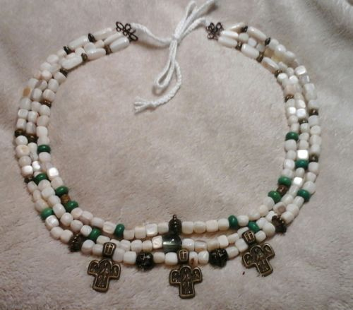 Ожерелье из жемчуга с крестами