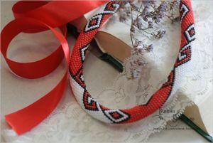 Ожерелье из бисера Белое \ Красное