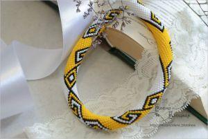 Ожерелье из бисера Белое \ Желтое