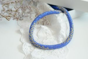 Ожерелья и колье ручной работы Голубое 2