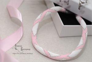 Ожерелья и колье ручной работы Розовое