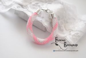 Браслет из бисера Розово-белый