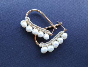 Earrings Сережки з колекції «Artifact» Арт. E1893GLDPearls