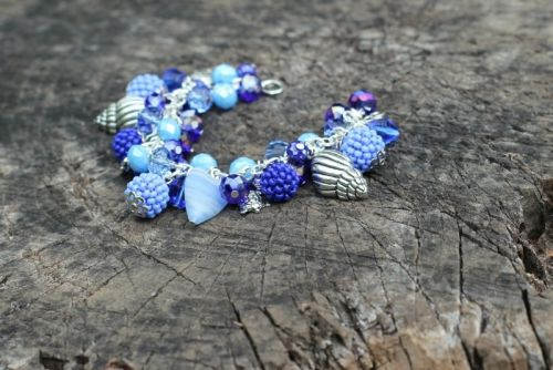 Синий браслет - изображение 1