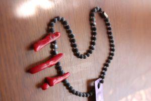 Ожерелье из коралла Ряд с кораллами