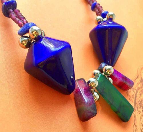 Современное ожерелье с кружевным агатом