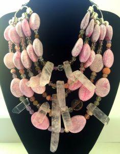 Ожерелье из бисера Розовое ожерелье с горным хрусталем