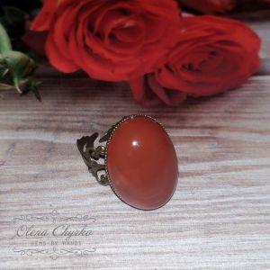 Кольца ручной работы Крупное кольцо с натуральным агатом