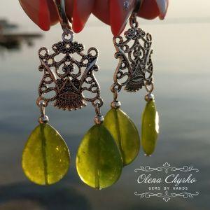 """Cережки з зеленим каменем Сережки з хризолітом """"Анна"""""""