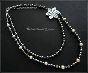 Ожерелье из металла Перламутровый цветок