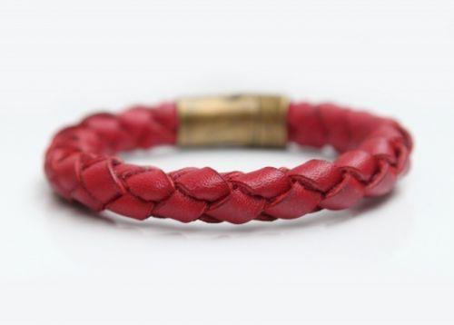 Плетений браслет з червоної натуральної шкіри