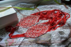Ожерелья и колье ручной работы Гердан красно-белый