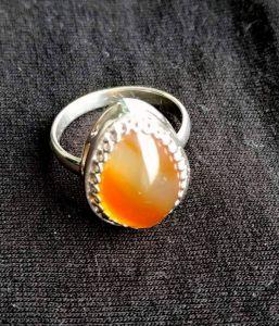 Кольца ручной работы Кольцо с сердоликом медового цвета