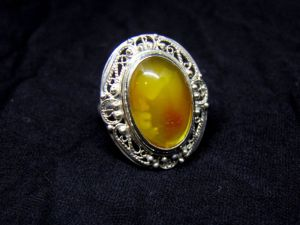 Кольца ручной работы Кольцо винтажное с янтарем