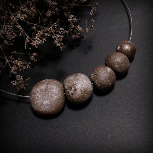 Намисто Іней з кераміки ручної роботи