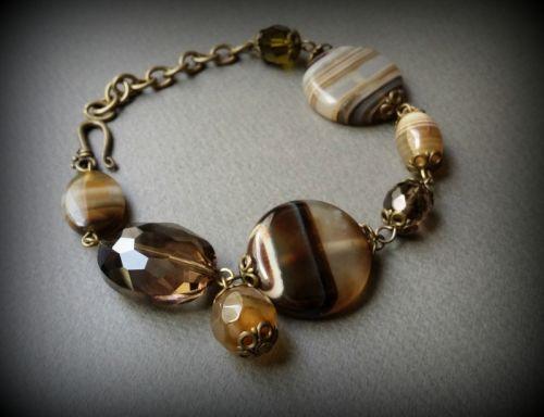Агатовый браслет с бронзой