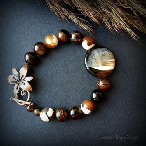 Агатовый коричневый черный браслет с круглой плоской бусиной