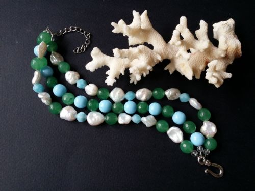 Голубий зелений білий браслет з перлами