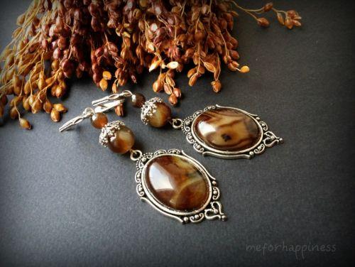 Крупные длинные коричневые бежевые агатовые серьги с серебром