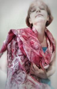 Шарфик ручной работы Шелково-шерстяной шарфик ГРАНАТОВОЕ ВИНО