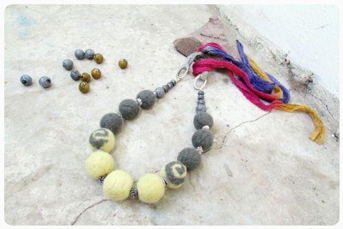 Ожерелье из шерсти - Осенние мотивы (3)
