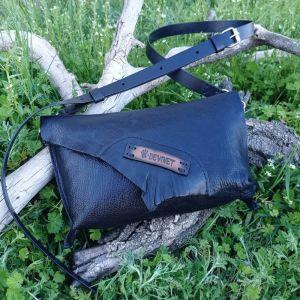 Жіночі сумки ручної роботи Шкіряна сумка-клатч «Crow»