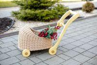 Плетена коляска. Ходунки