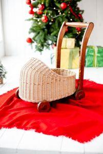 Разное Плетеная коляска. Ходунки