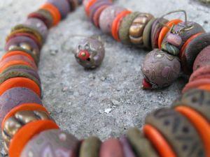 Ожерелье из полимерной глины Этническое