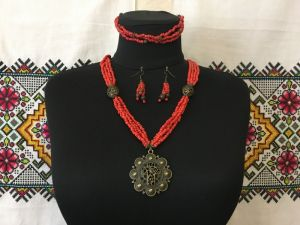 """Ожерелье """"Праздничное"""""""