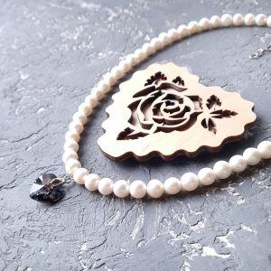 Кольє ручної роботи Кольє з натуральних перлів з підвіскою серце Swarovski