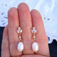 Роскошные позолоченные серьги с натуральным жемчугом и кристаллами