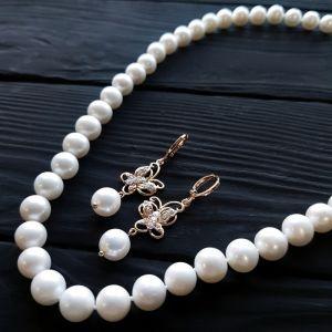 Комплект з натуральних перлів у позолоті намисто сережки