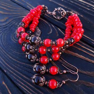 Комплект з натуральних коралів браслет та сережки