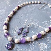 Комплект з натуральних перлів, аметистів, кристалів циркону