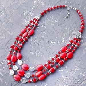 Ожерелье из кораллов Ожерелье трехрядное кораллы и розы