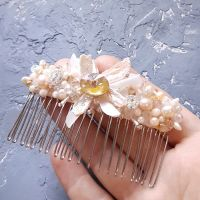 Корона - діадема - гребінь з натуральними перлами та кристалом Swarovski