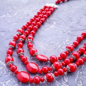 """Ожерелье из кораллов Ожерелье трехрядное красное """" Заиграй!"""""""