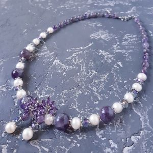 Гармаш Олена Комплект з натуральних перлів та аметистів намисто сережки